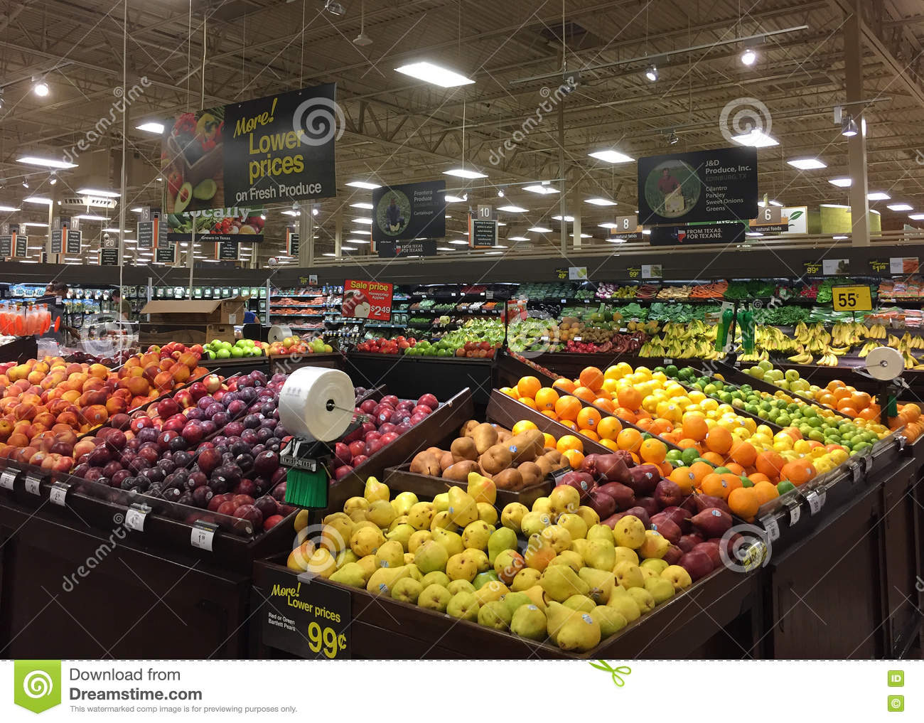 Fresh fruits and vegetables sale at grocery store