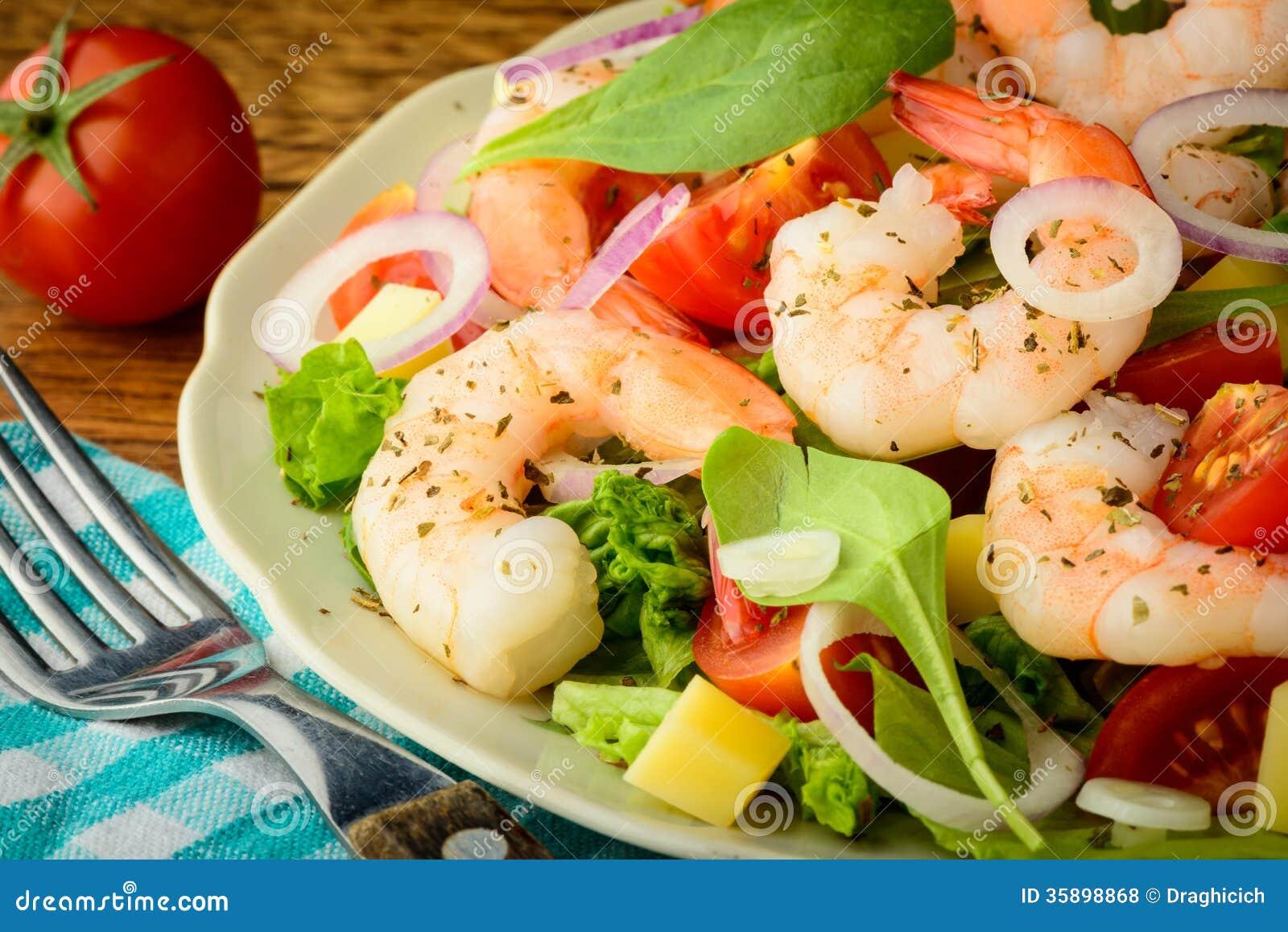 ... mozzarella onions spinach salad with fresh mozzarella pears and bacon