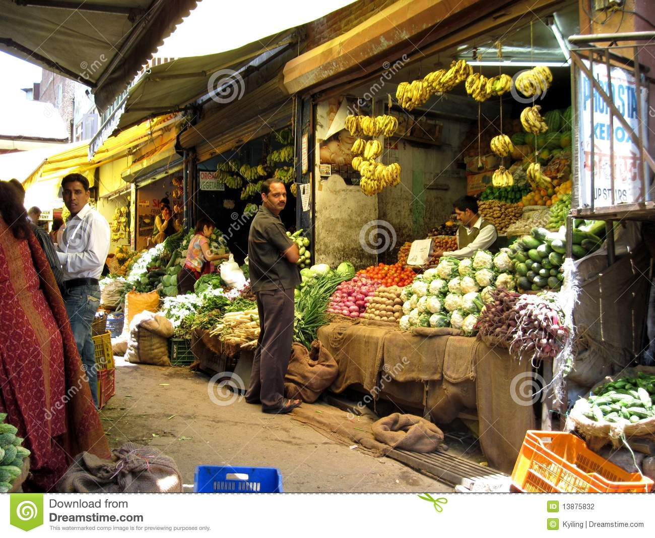 Fresh Produce Market In India Editorial Photography - Image: 13875832