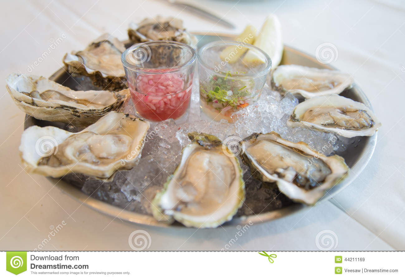 Fresh raw oysters - photo#10