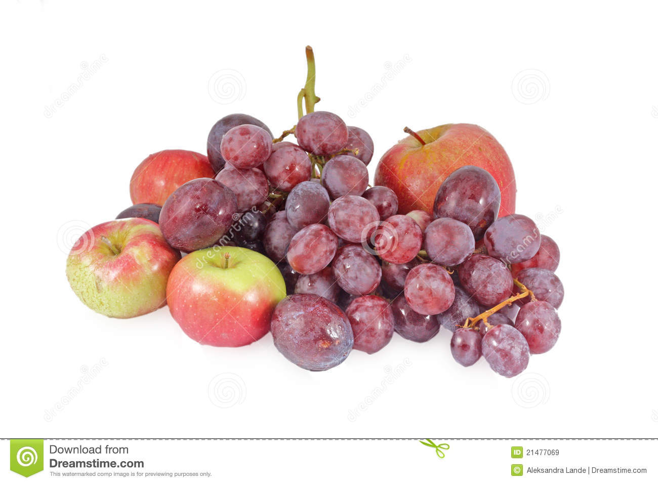 Fresh red apples and grapes - autumn fruits.