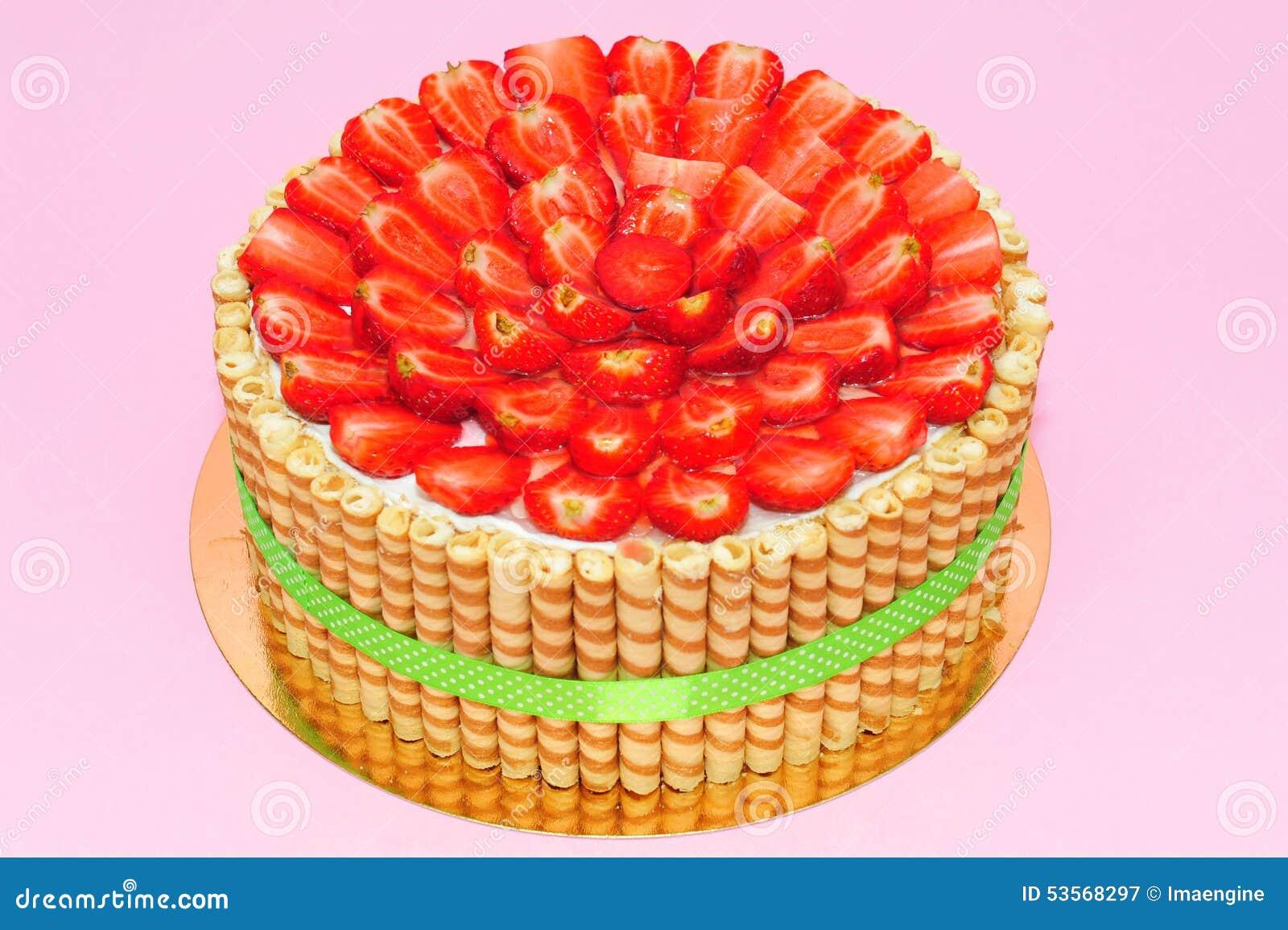 Cake Design With Strawberries : Fresh Strawberries Cake Stock Photo - Image: 53568297