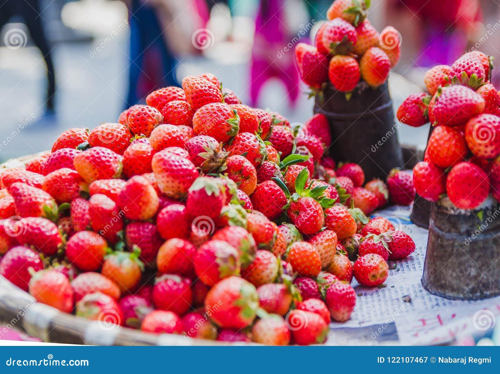 Fresh Strawberry Fruit With Leaf ,Fresh Red Strawberries