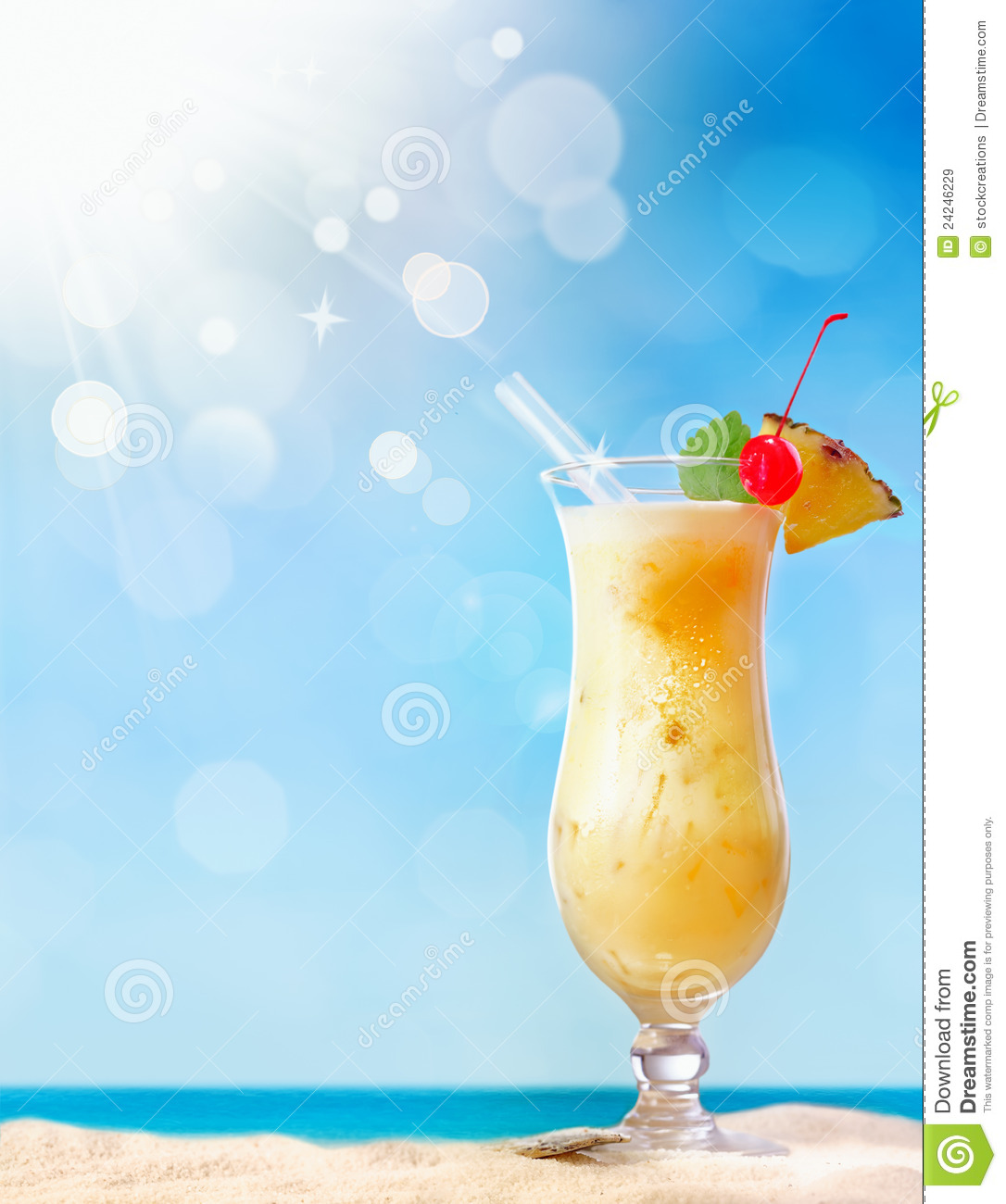 Beautiful Sunny Day At Tropical Beach Royalty Free Stock: Fresh Tropical Coctail On Sunny Beach Royalty Free Stock