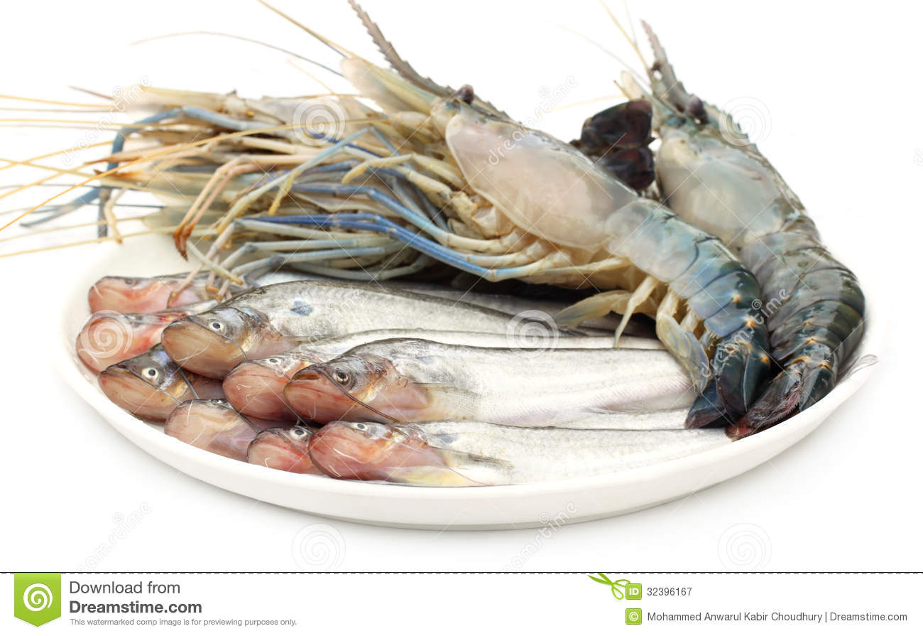Fresh Water Pabda Fish With Lobster Royalty Free Stock Photography - Image: 32396167