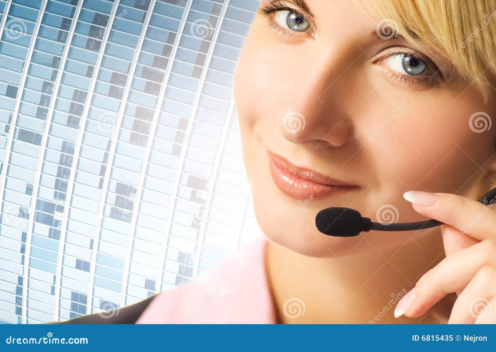 Freundlicher Telefonbediener