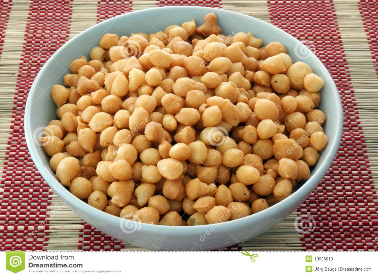 Fried batter pearls in a bowl stock photos image 10995013 for Fish batter bowl