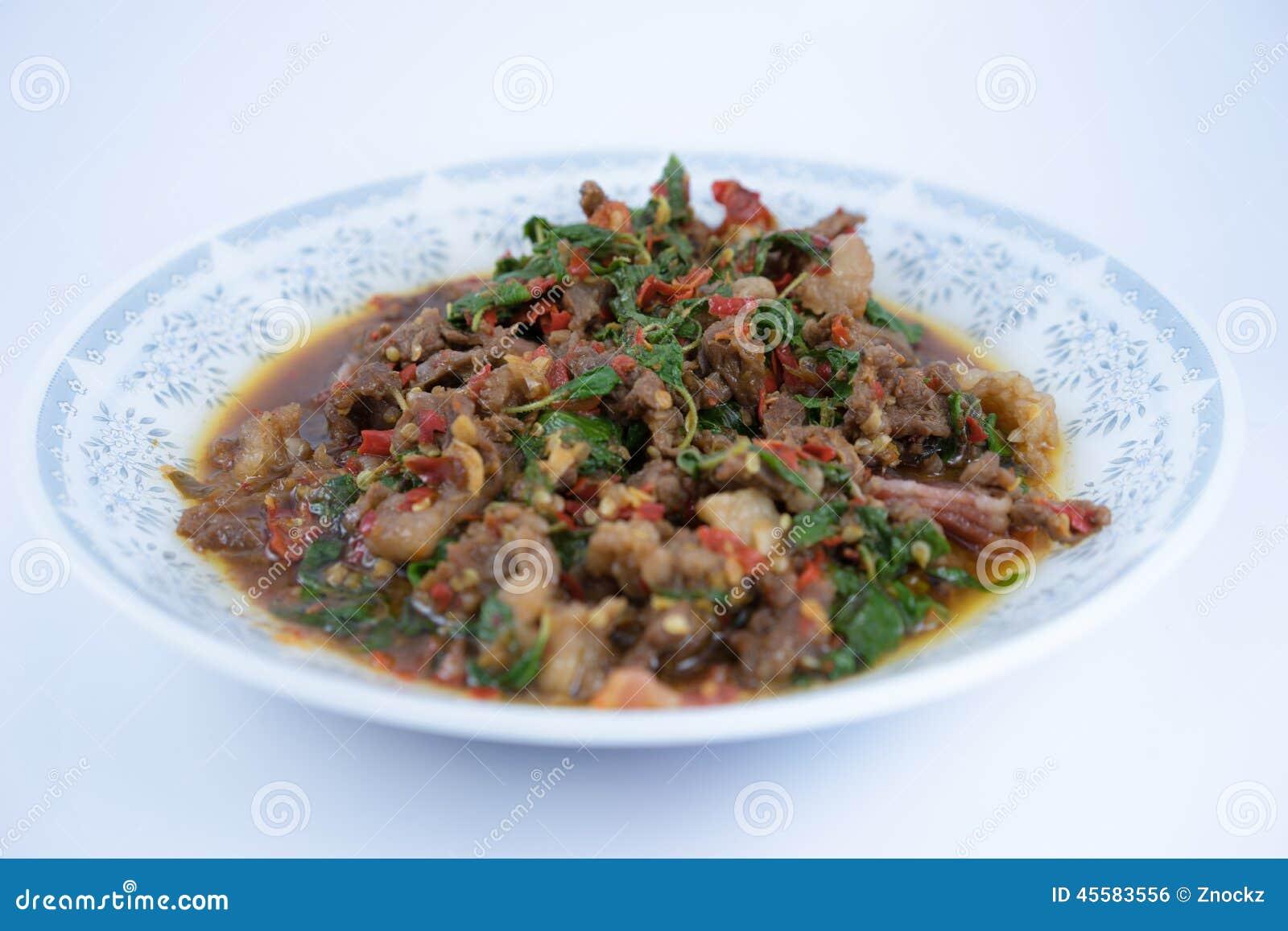 Fried Beef con albahaca