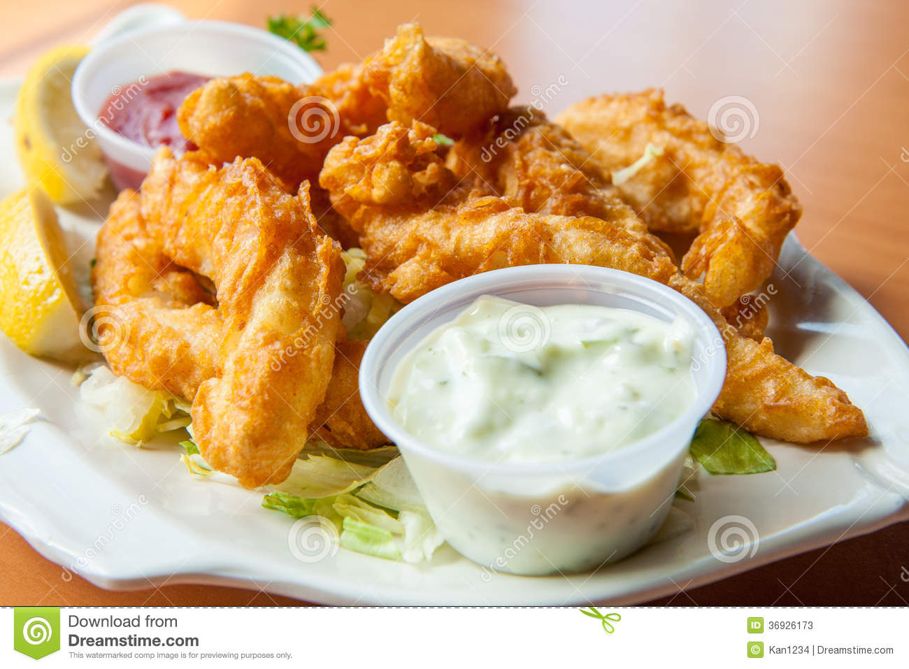 Fried Calamari With Tartar Sauce Stock Image - Image: 36926173
