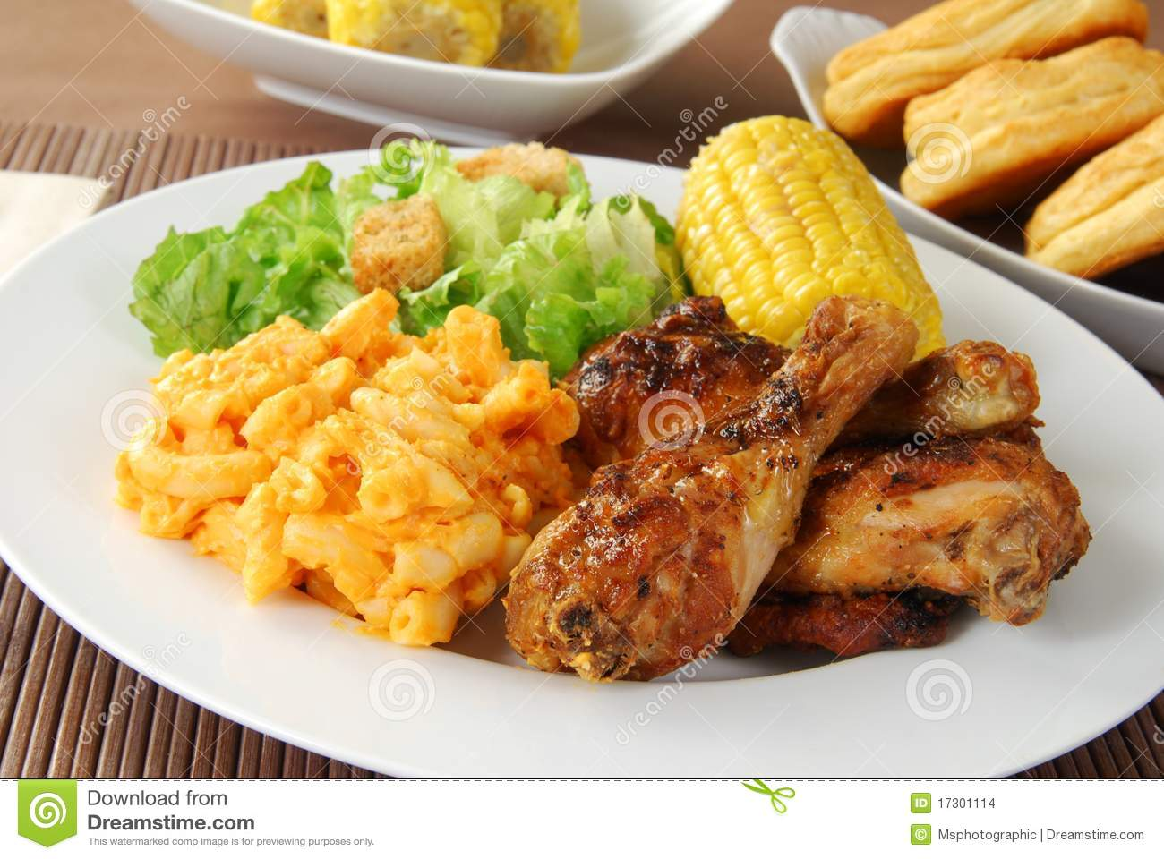 Fried Chicken With Macaroni And Cheese Stock Images - Image: 17301114