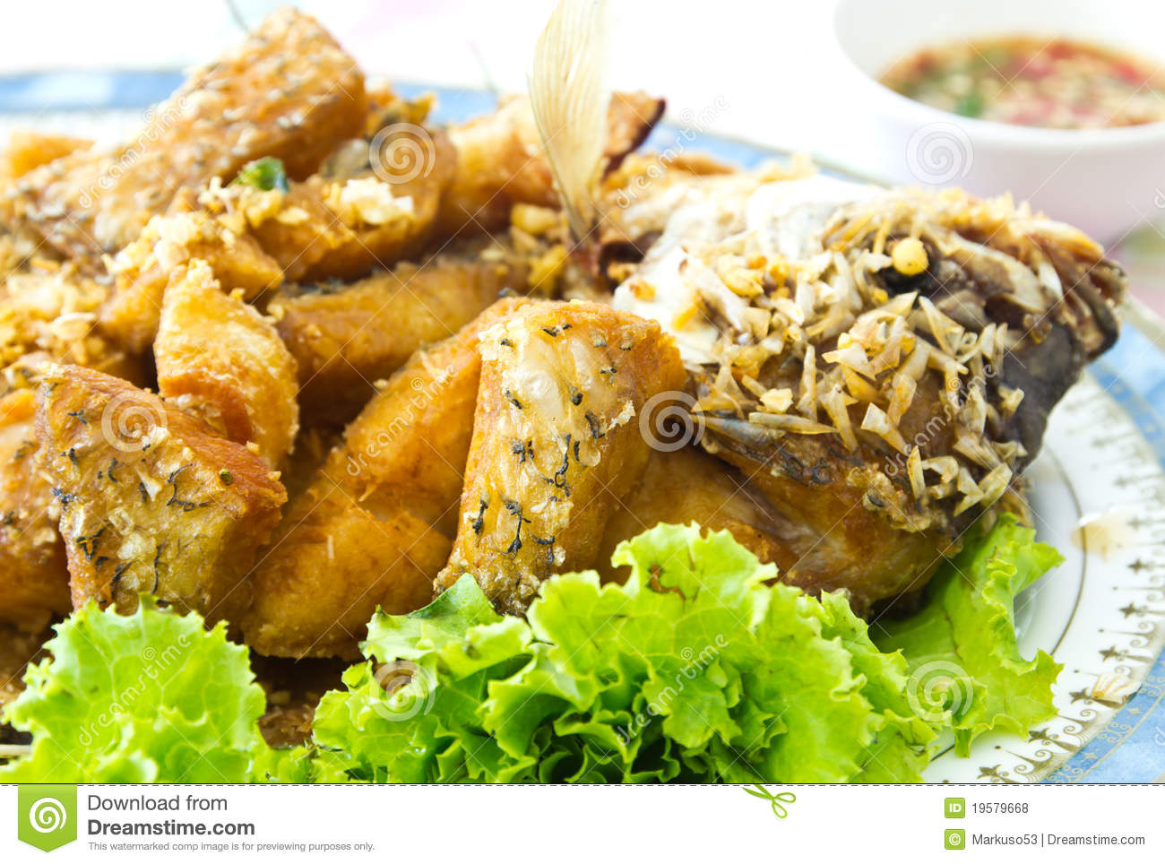 Fried fish royalty free stock photos image 19579668 for What to eat with fried fish