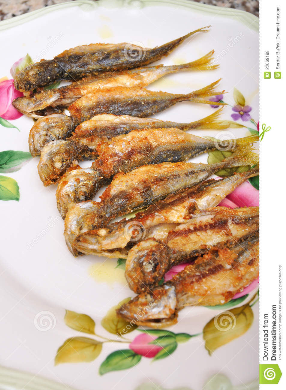 Fried fish royalty free stock photos image 22069198 for What to eat with fried fish