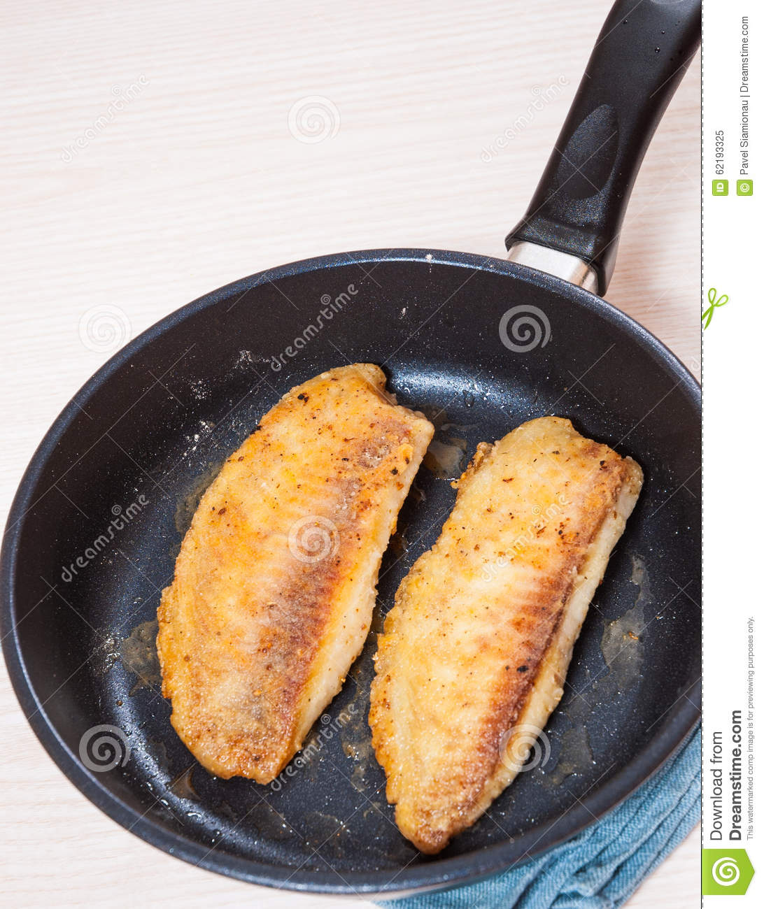how to cook fish in a frying pan