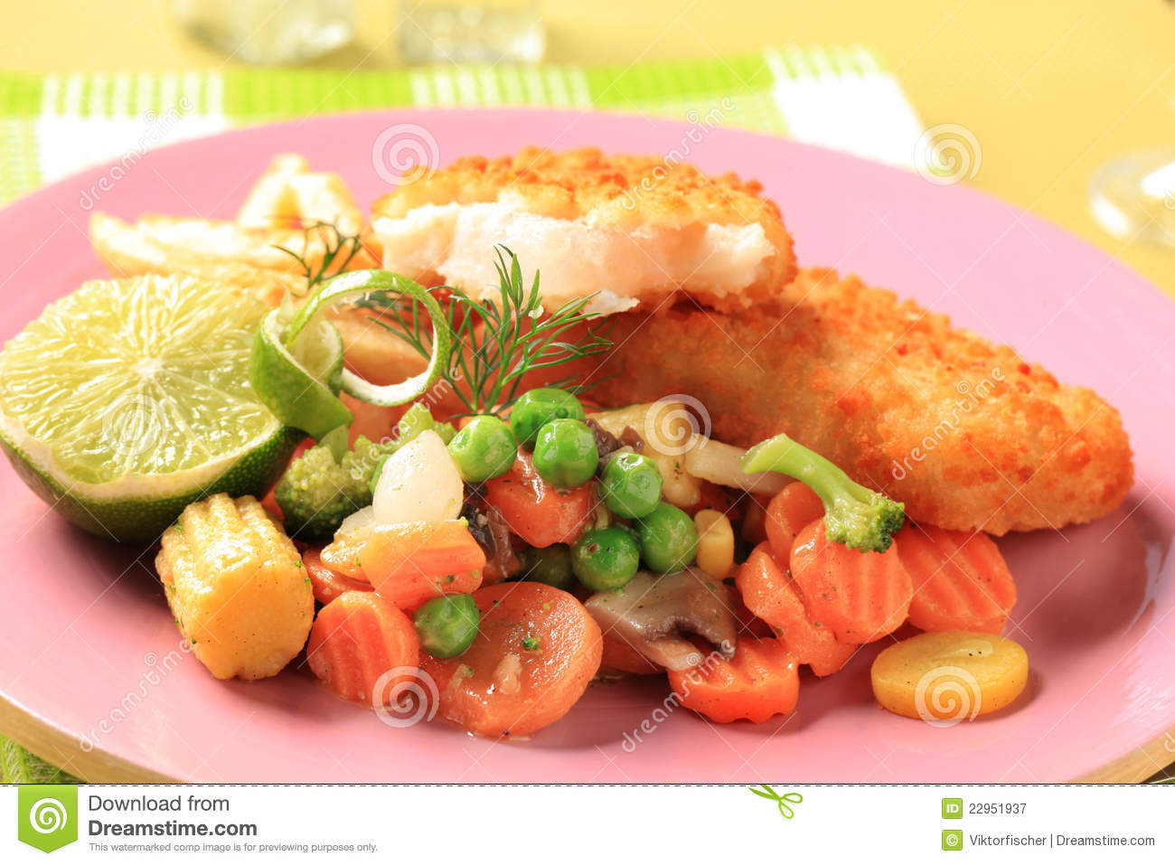 Fried fish and mixed vegetables royalty free stock for What vegetables go with fish