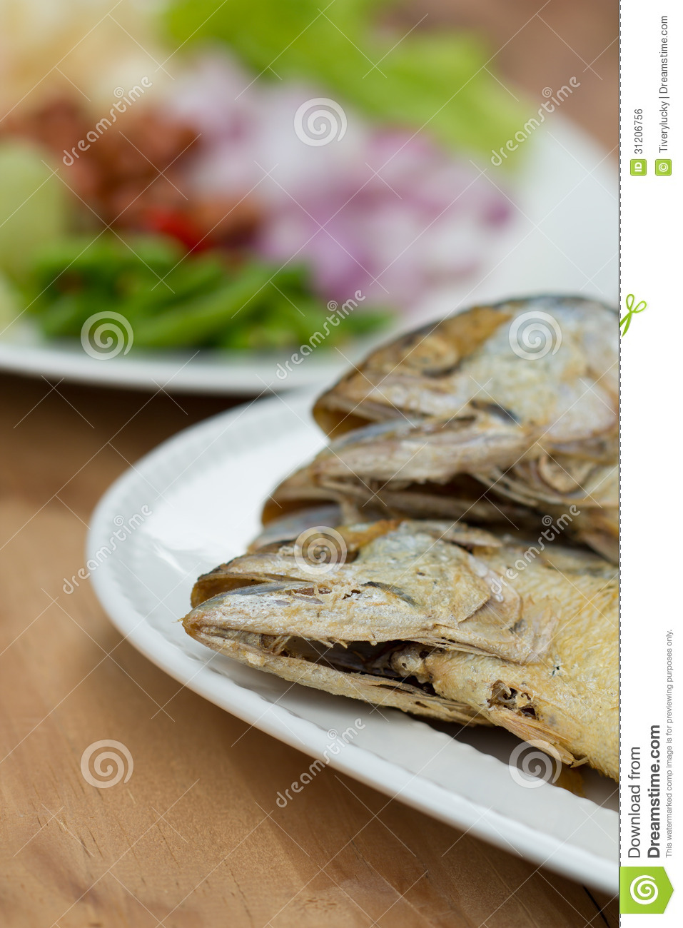 Fried fish royalty free stock image image 31206756 for Side dishes for fried fish