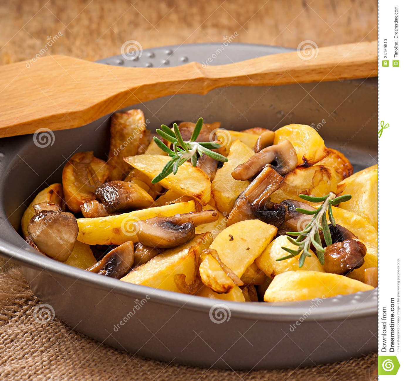 How to fry potatoes with mushrooms 24