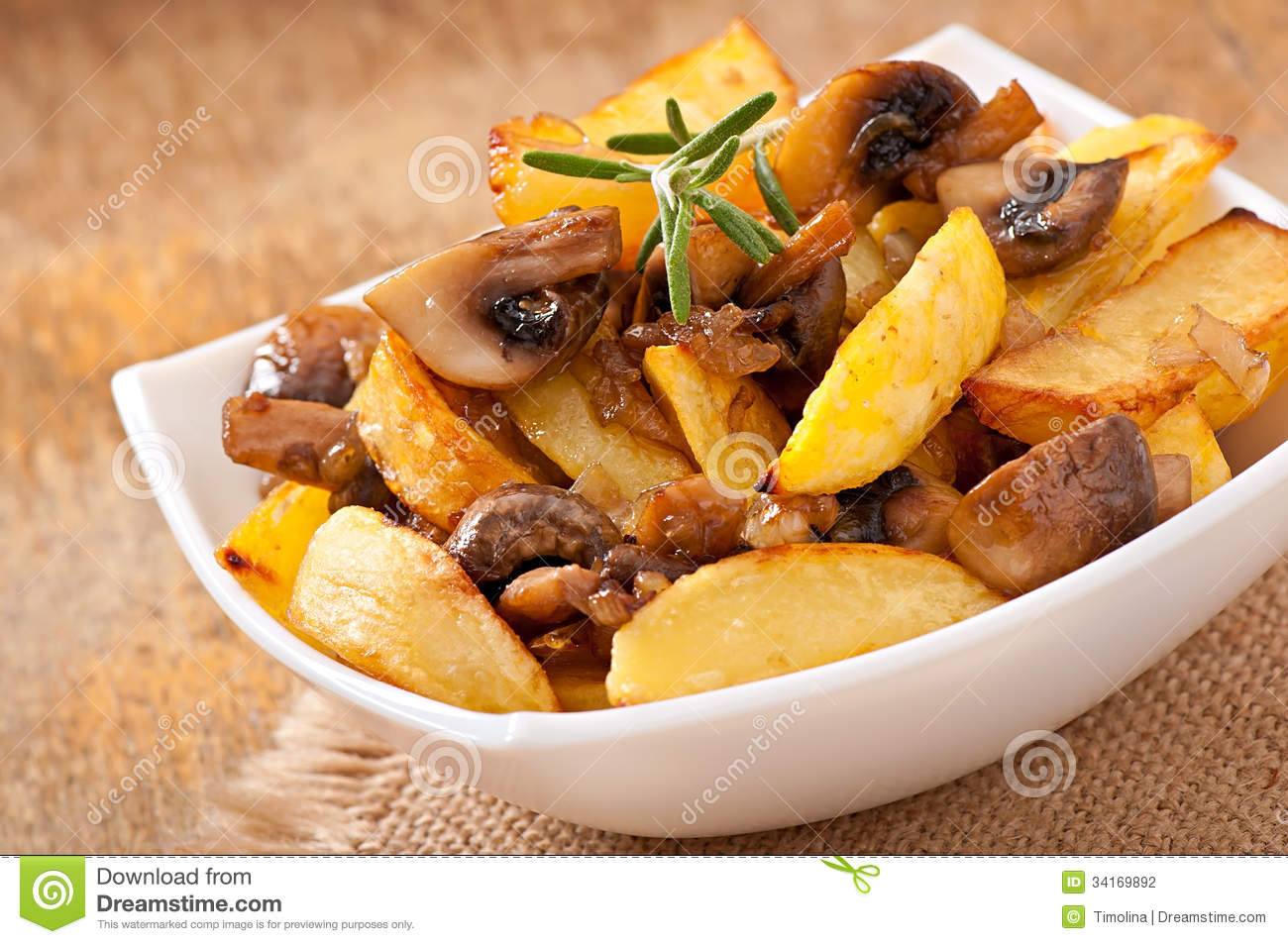 How to fry potatoes with mushrooms 52