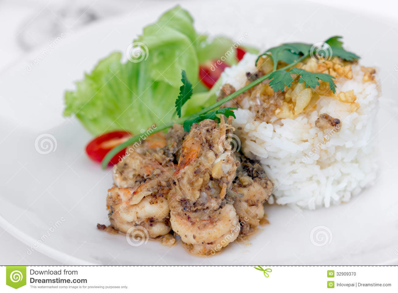Fried Shrimp With Garlic And Black Pepper, Serve With Cooked Ric Stock ...