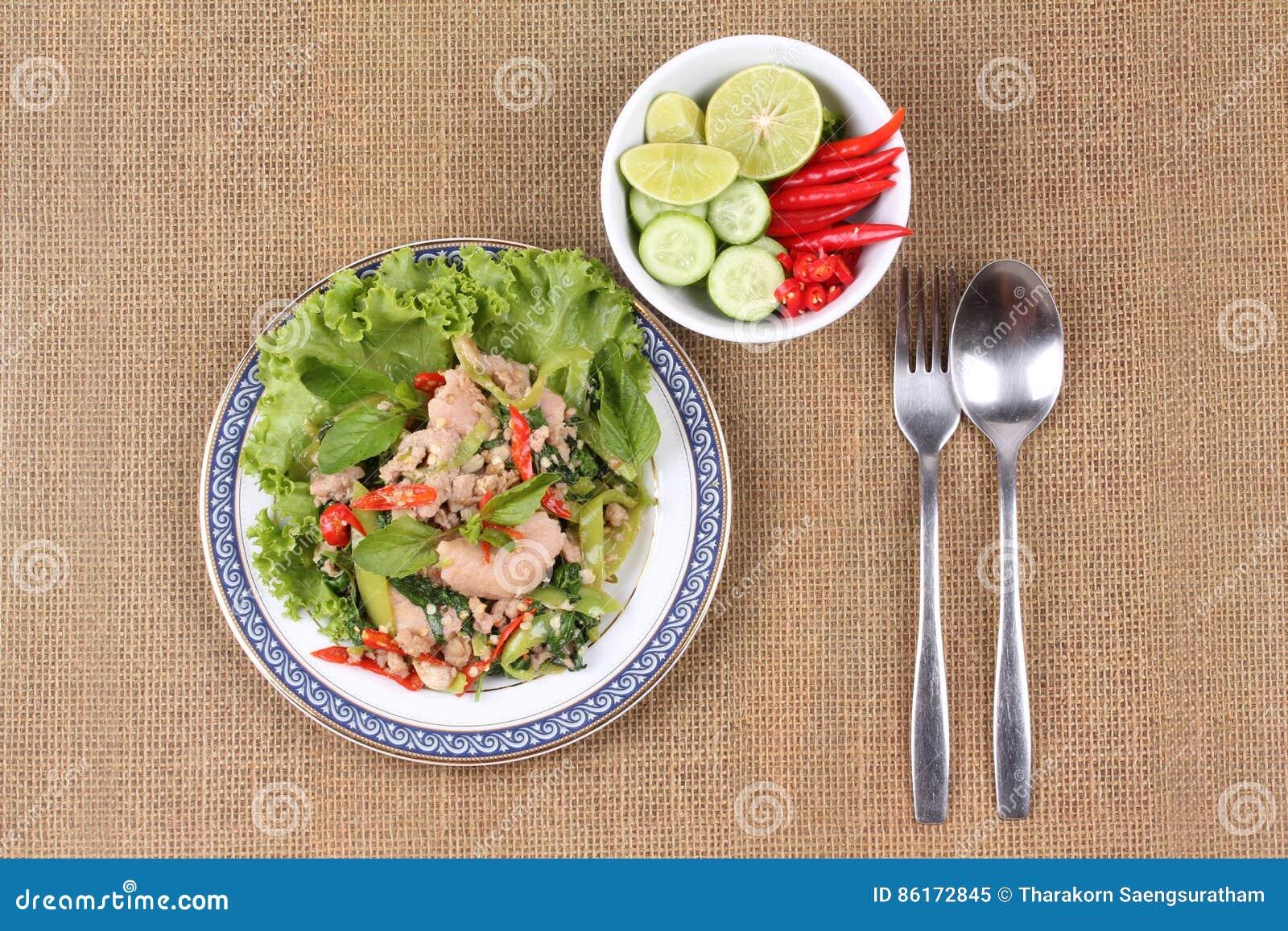 how to make thai chilli basil pork belly