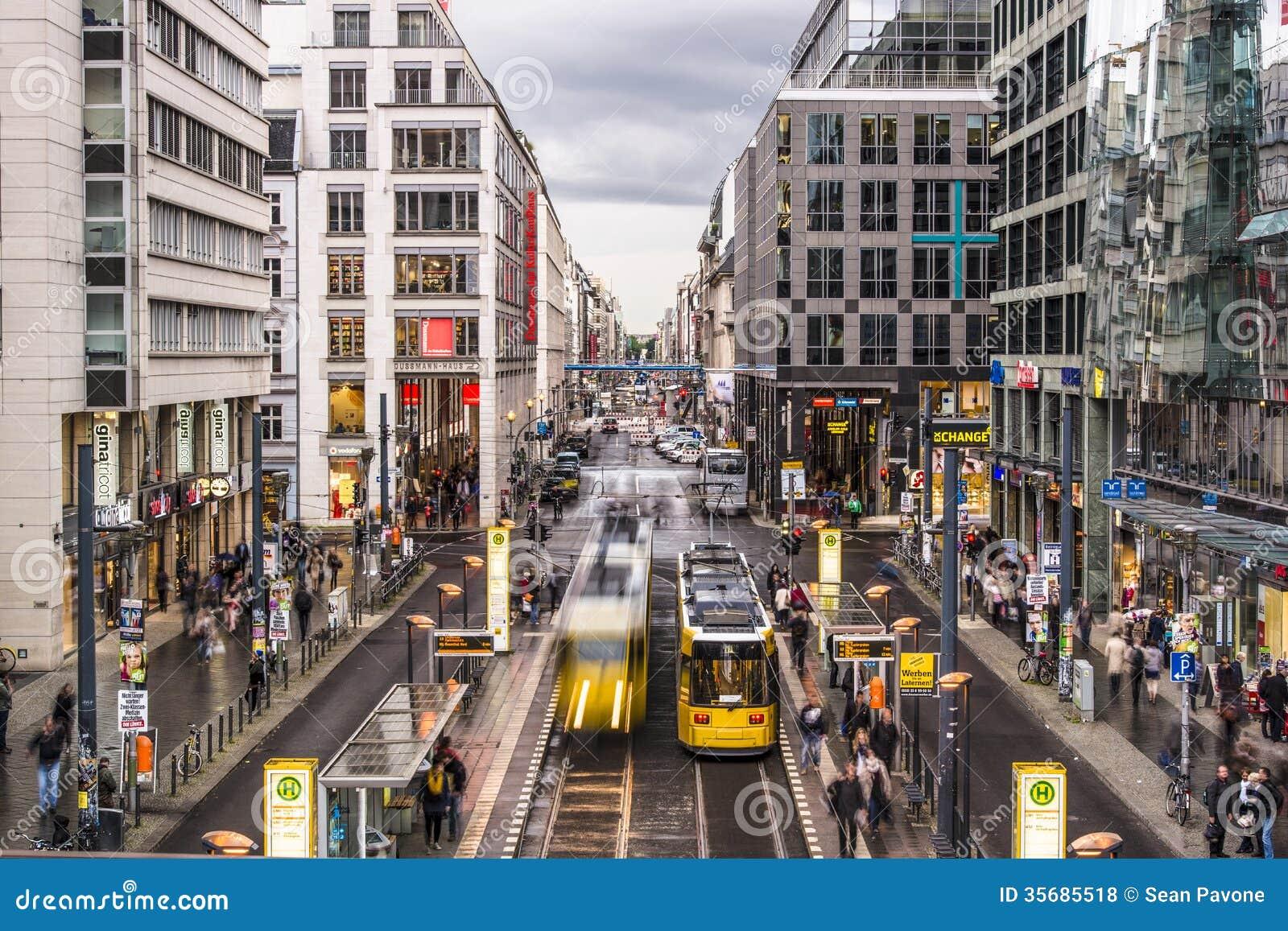 Friedrichstrasse街在柏林