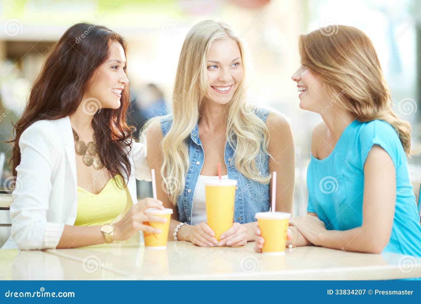 happy chat 出会い系サイト「happy chat - チャットで近所の友達探し(ハッピーチャット)」の口コミや評判、噂を評価・検証しています。出会える系を攻略する時の参考に!出会い系サイトを探すなら口コミ出会い太郎.