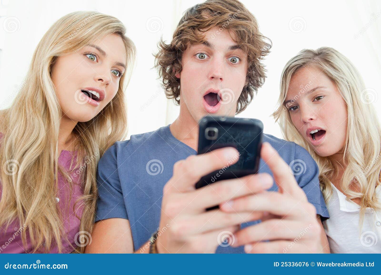 Трое в одной девушке фото 17 фотография