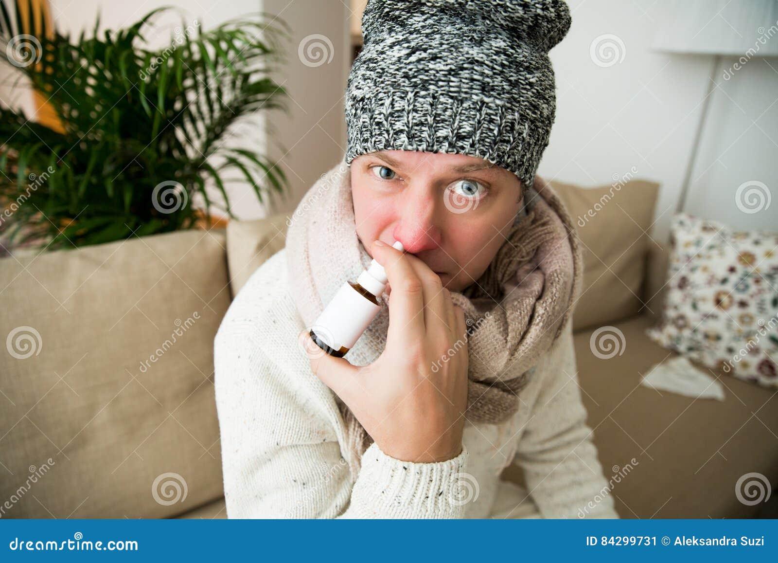 Frio doente da captura do homem