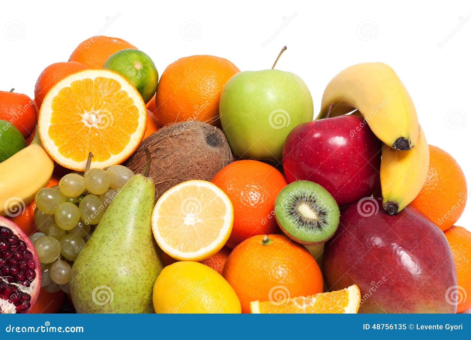 Frische Frucht in einem weißen Hintergrund