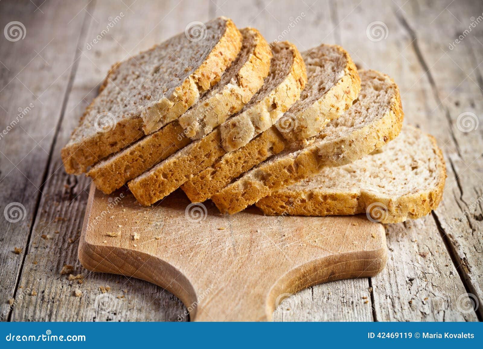 Frisches Brot-Scheiben