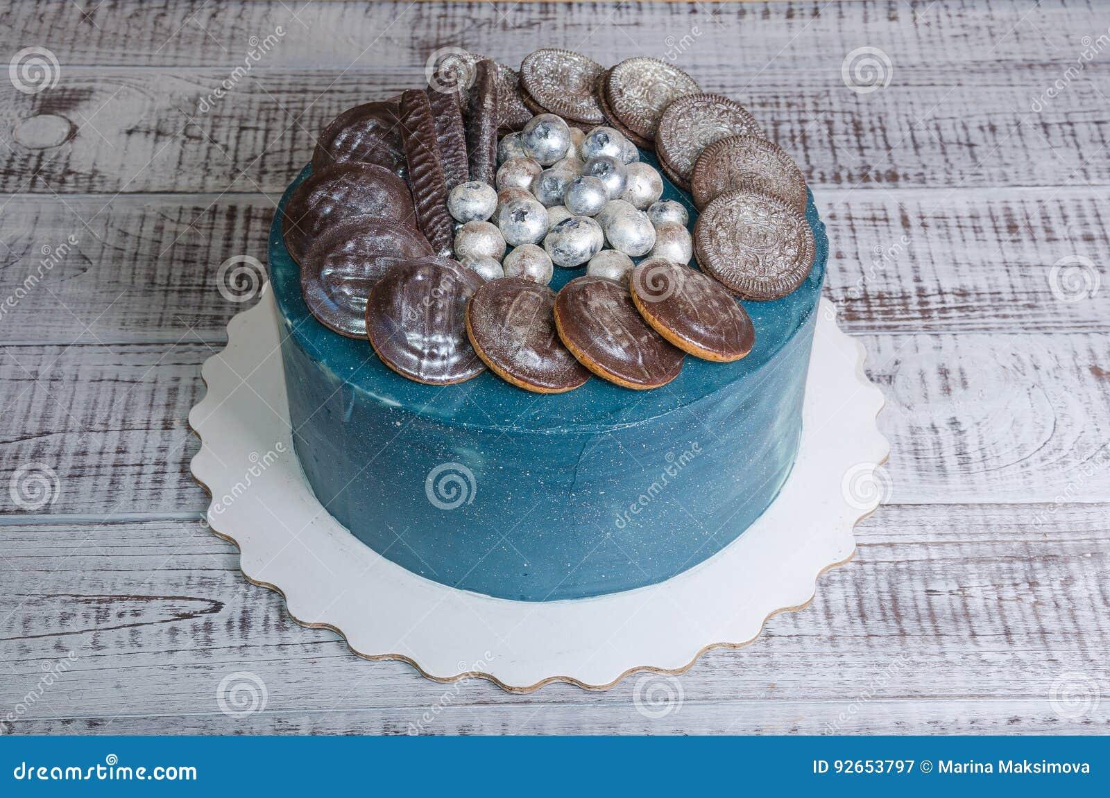 Frischkasegalaxiekuchen Mit Platzchen Und Schokolade Marmelade