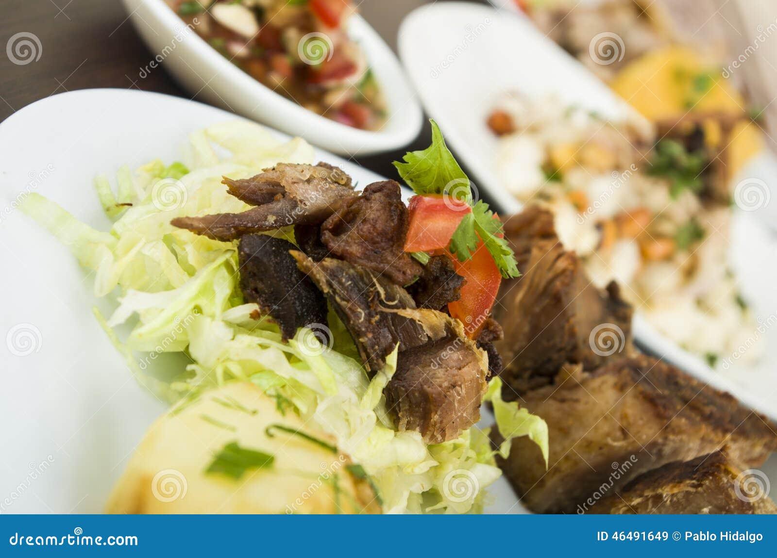Fritada a fait frire le plat équatorien de porc