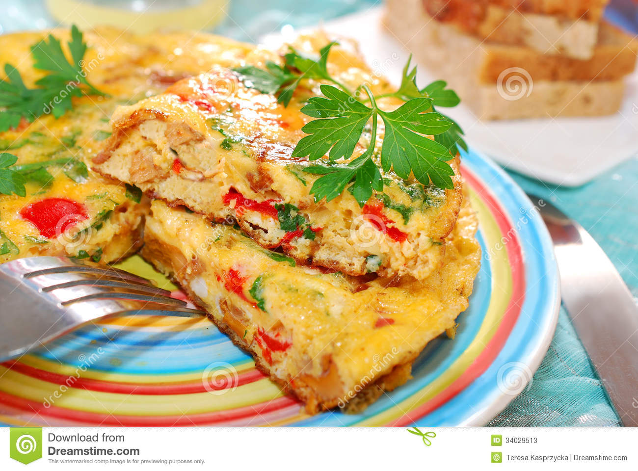 Frittata with chanterelle,onion,red pepper and parsley for autumn ...