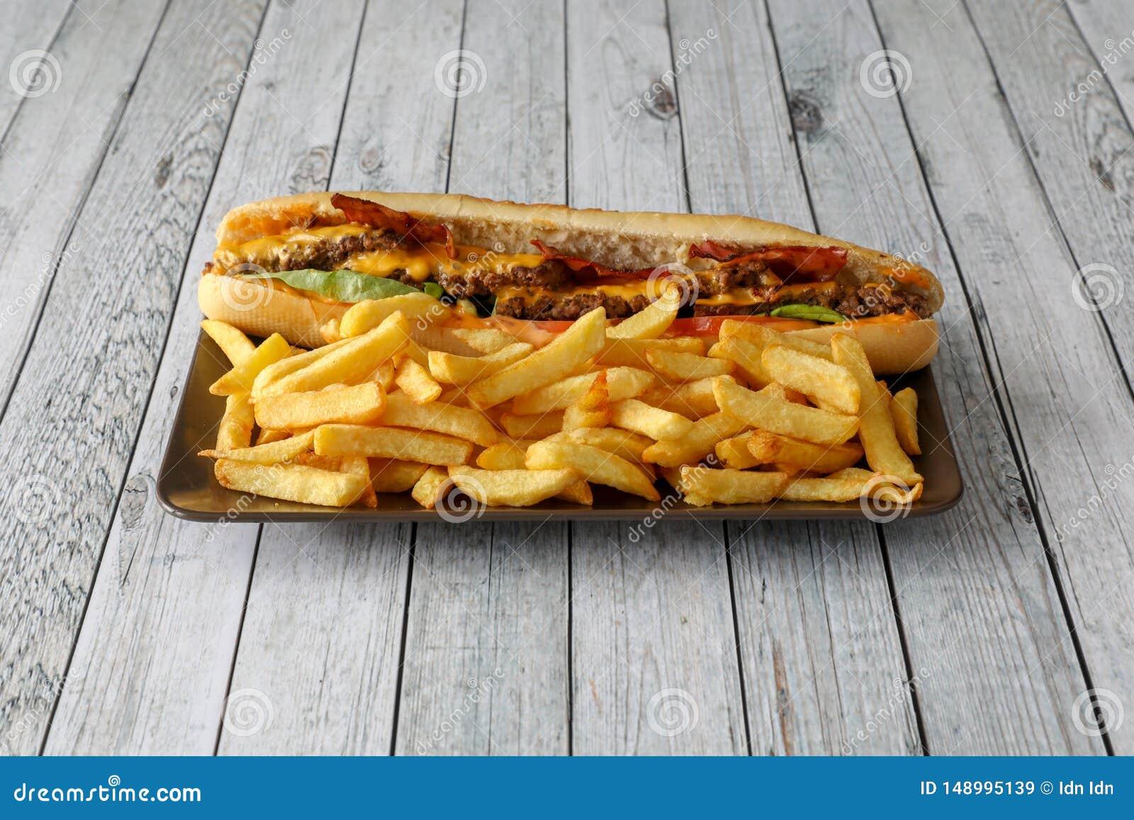 Fritures blanches de viande et de sandwich végétal