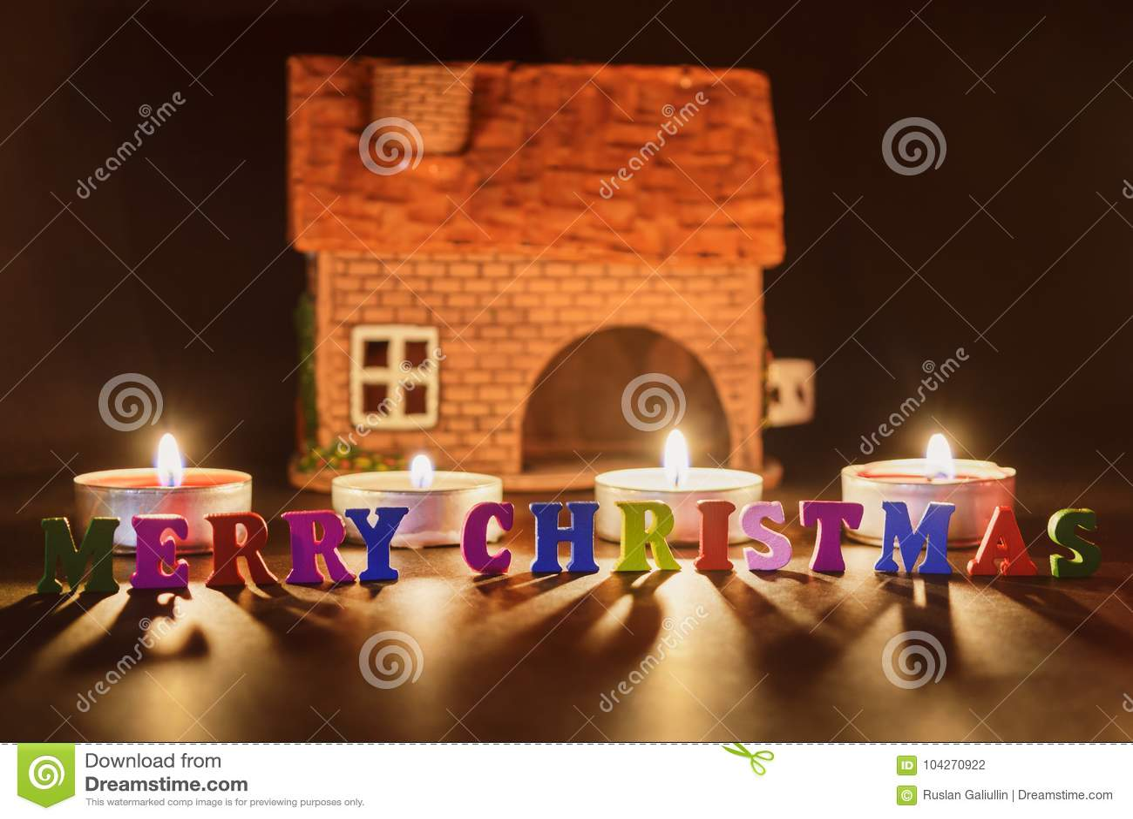 Beleuchtete Bilder Weihnachten.Frohe Weihnachten Ein Wort Von Den Mehrfarbigen Buchstaben