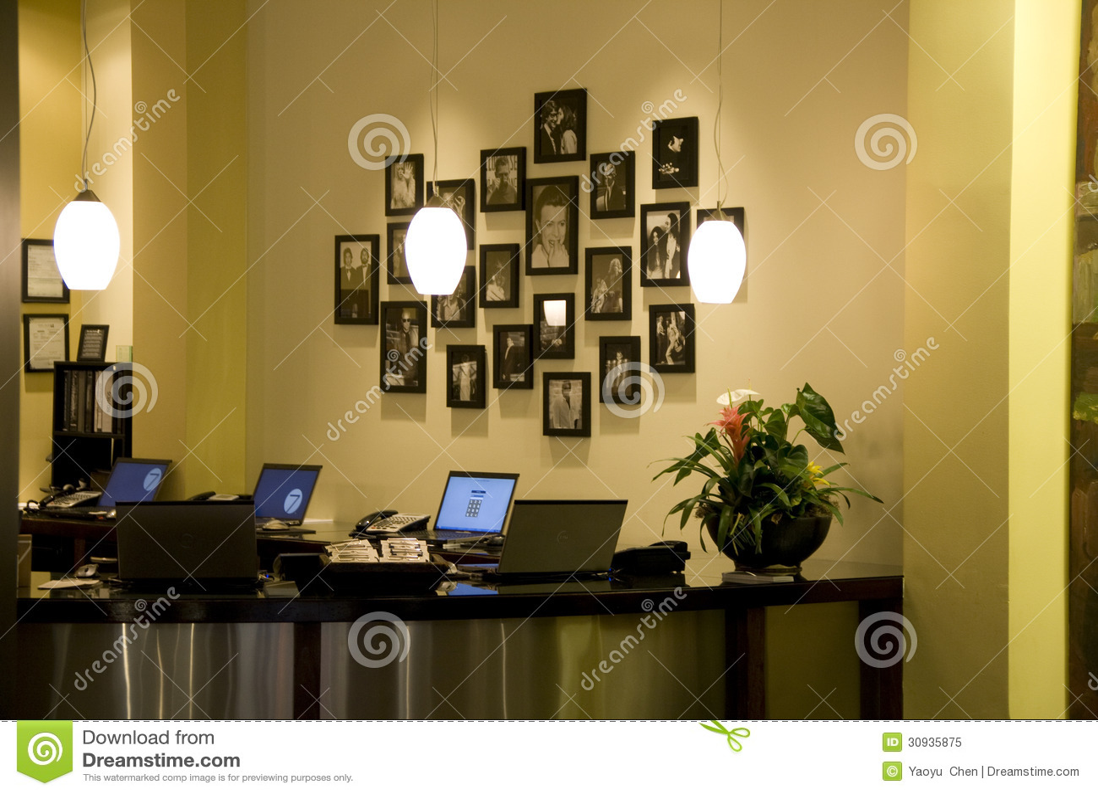 Front desk office editorial image image 30935875 for 7 salon bellevue square