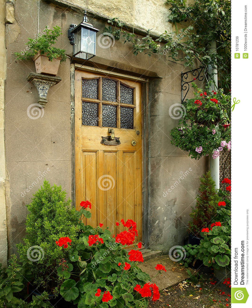 Front Door Of An Old Cottage Stock Image Image Of Entrance