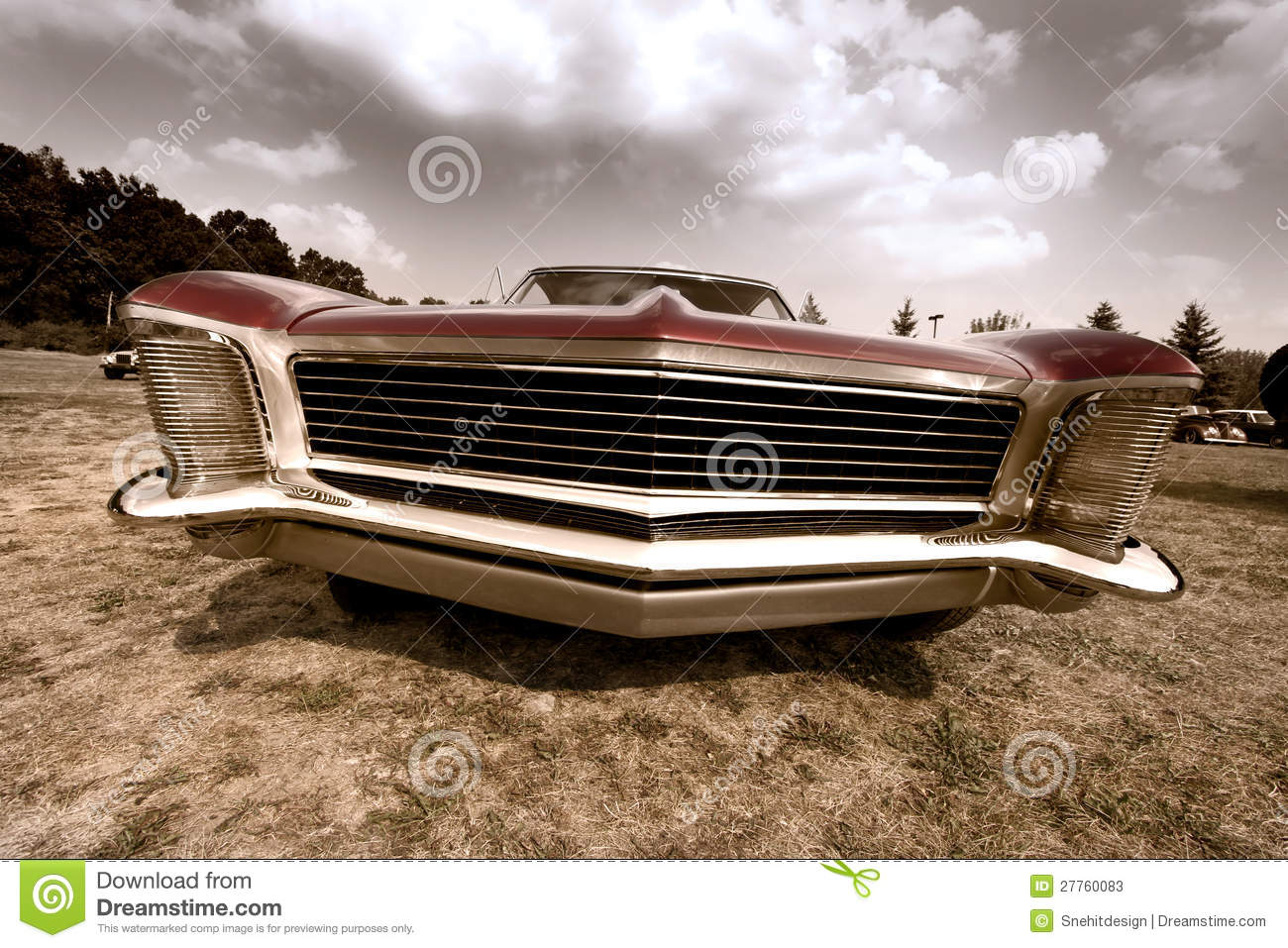 Front End Of Old Muscle Car Stock Image - Image of clouds, motor ...