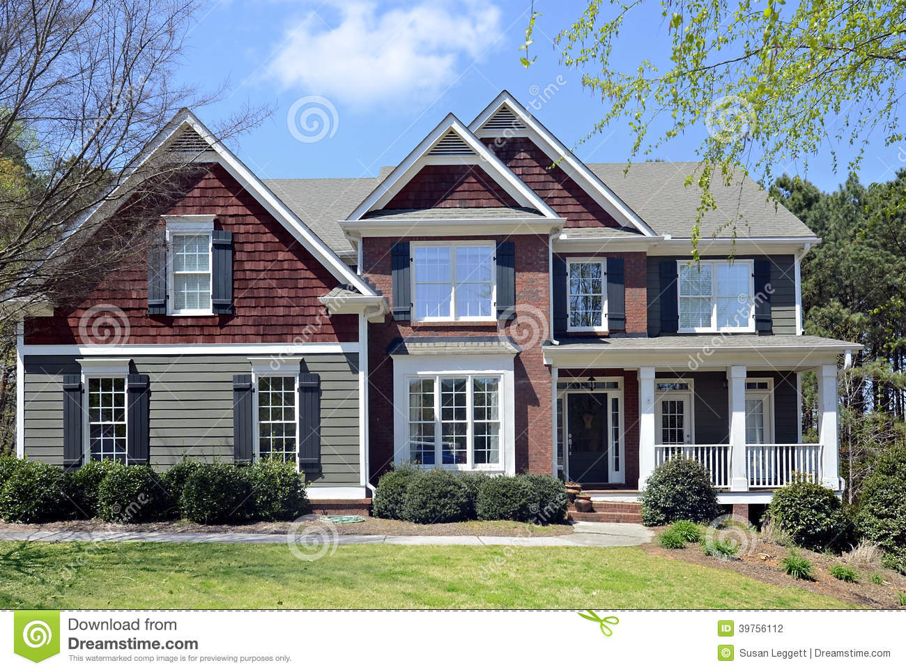 Front Of Modern Home Stock Photo Image 39756112