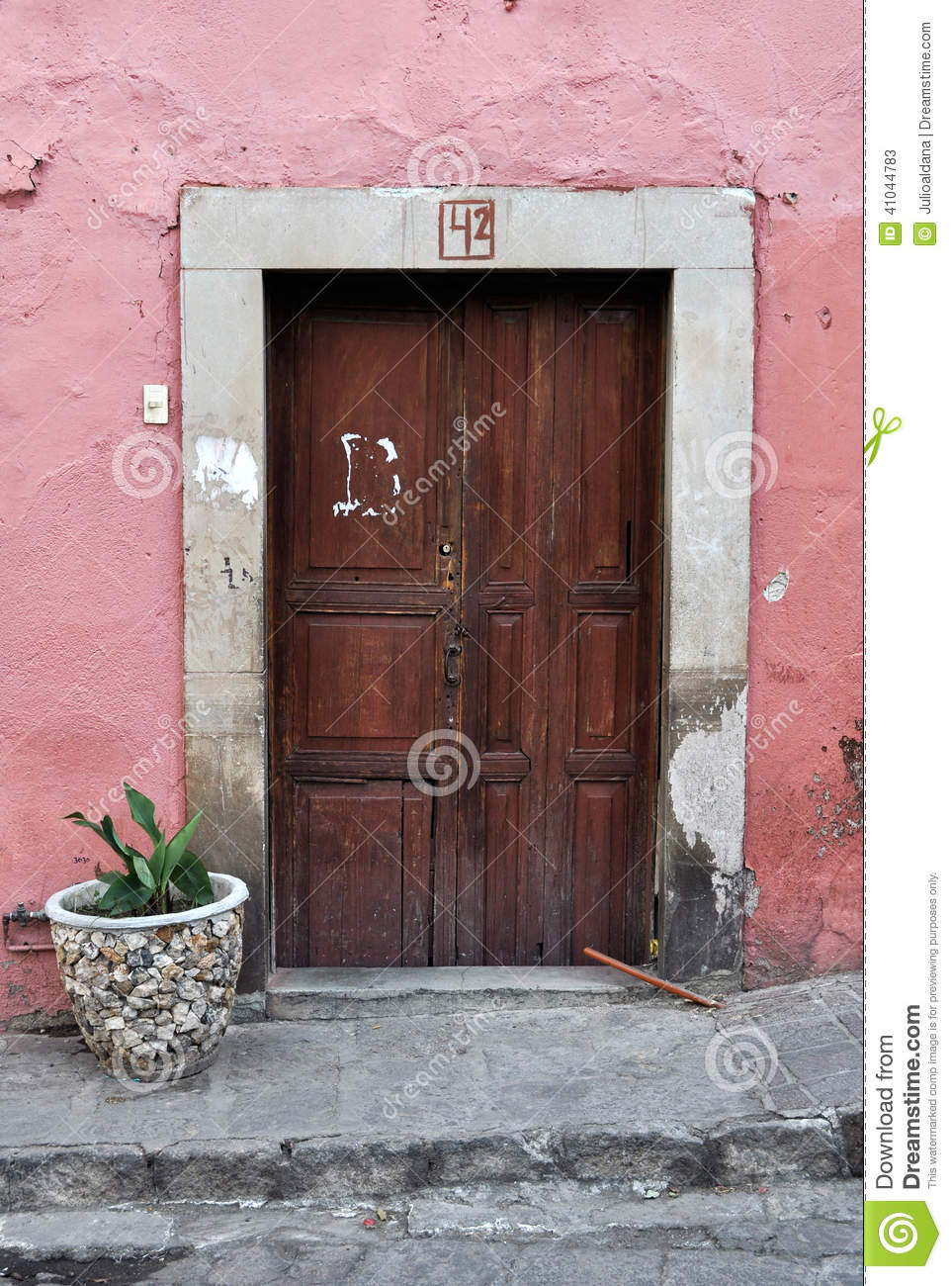 Astounding Front Of An Old Pink Mexican House Stock Image Image Of Door Handles Collection Dhjemzonderlifede