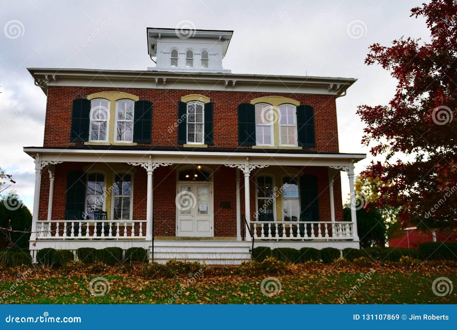 Front View de Eli Peck House