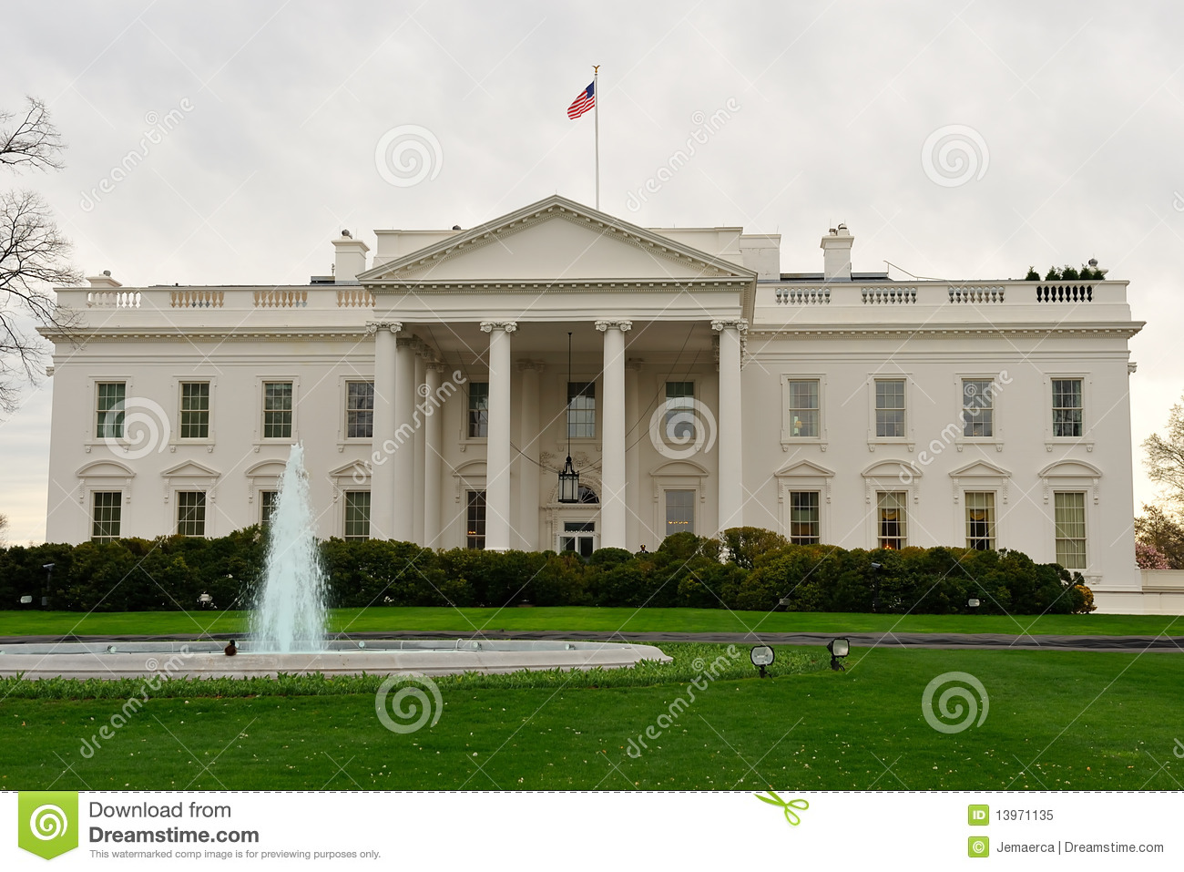 Front view of white house washington dc royalty free for The view house