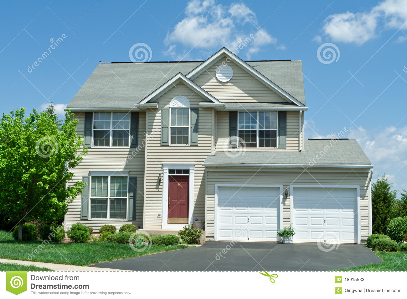 Front Vinyl Siding Single Family House Home MD Stock Image Of Lawn Hall 18915533