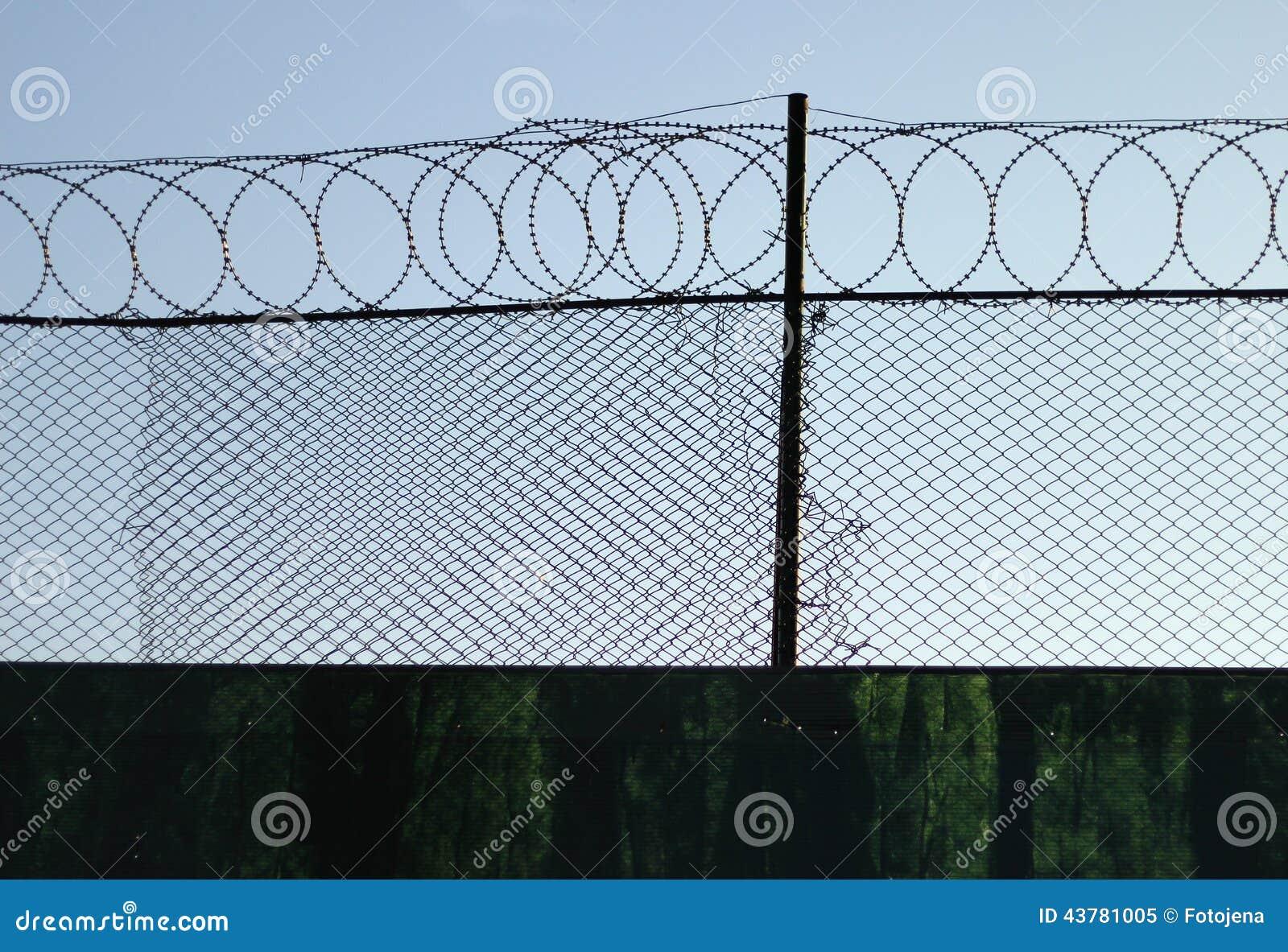 Frontière de sécurité 3 de barbelé
