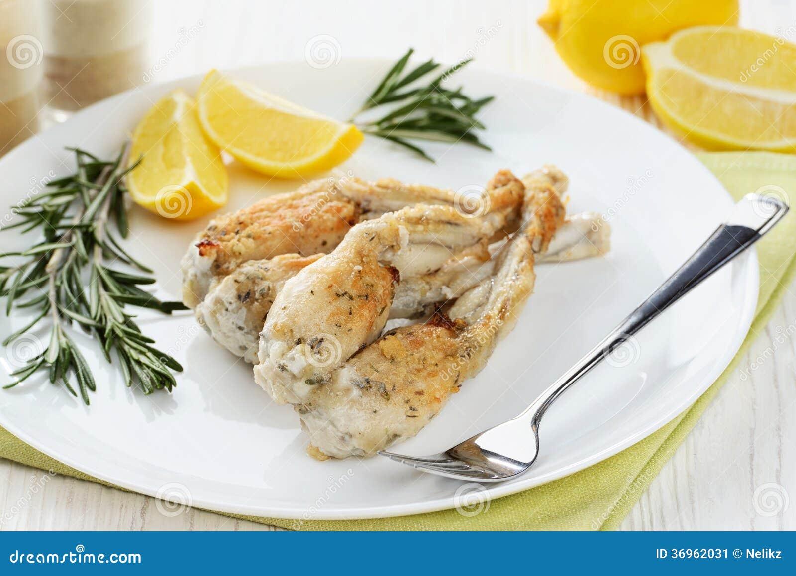 Gedmpfte Froschschenkel Stockfotos – 132 Gedmpfte Froschschenkel ... | {Französische küche froschschenkel 57}