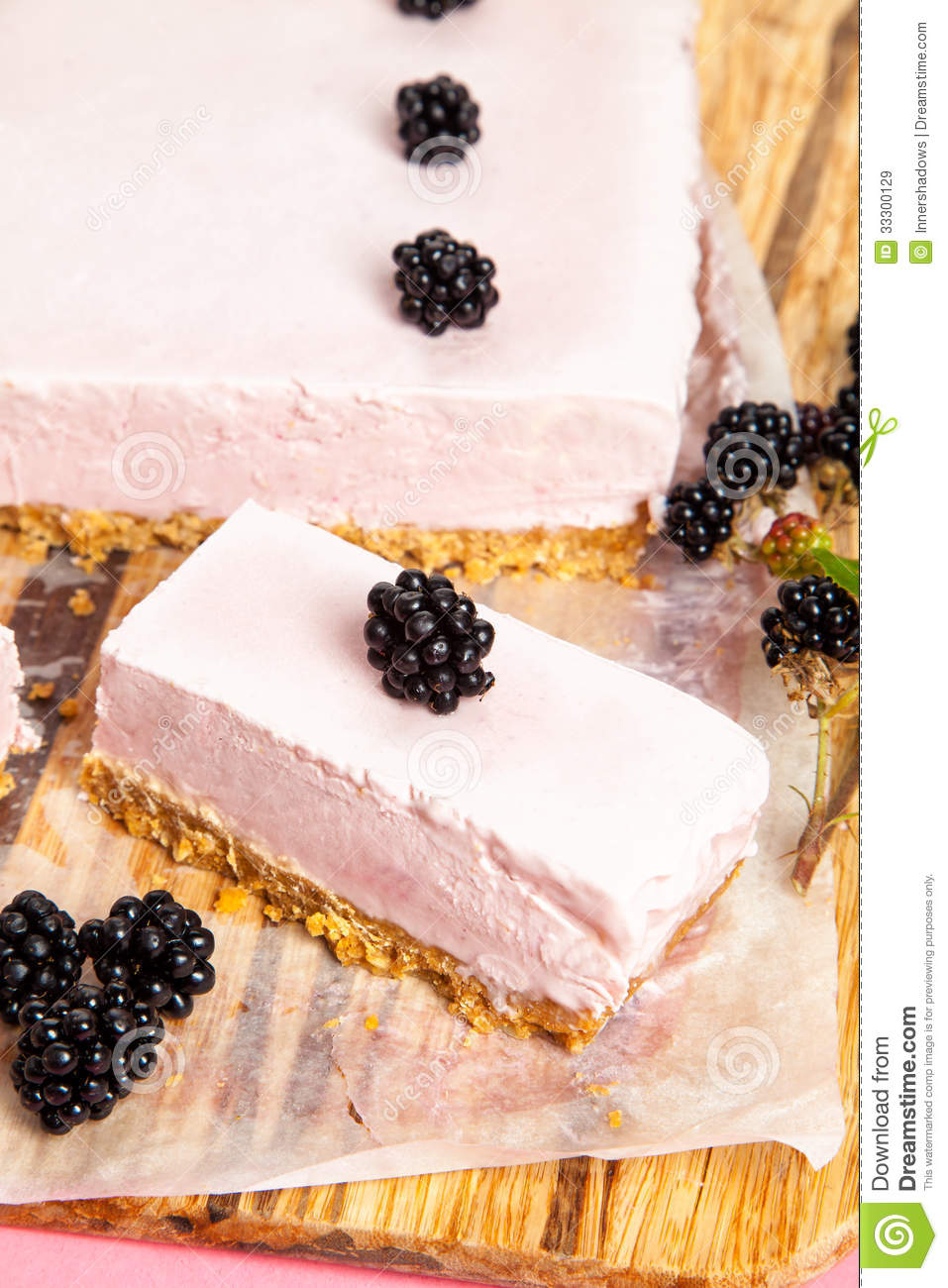 Frozen Blackberry Cheese Cake