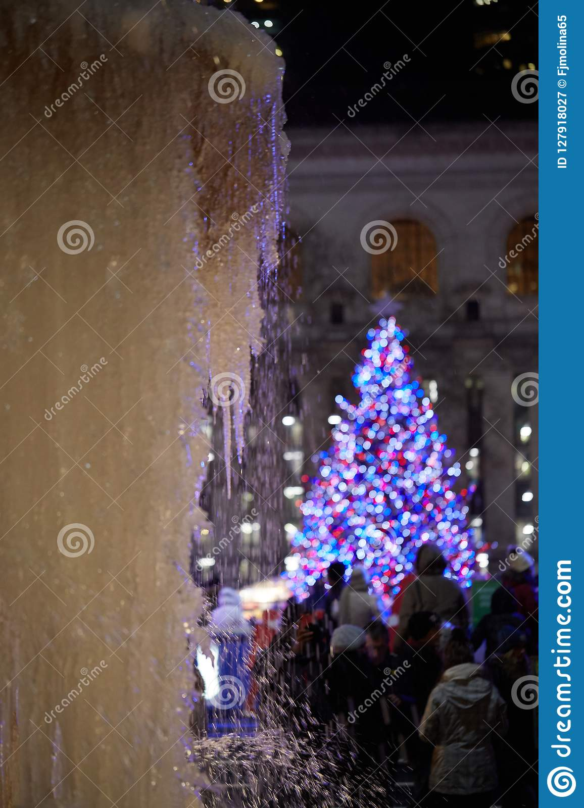 Bryant Park Christmas.Frozen Fountain In Bryant Park New York Stock Image Image