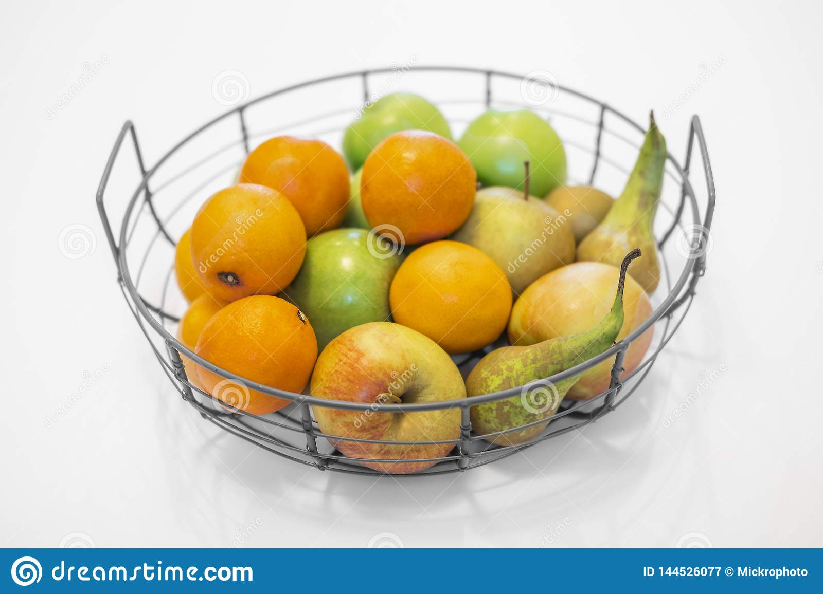 .fruit bowl with mixed fruits