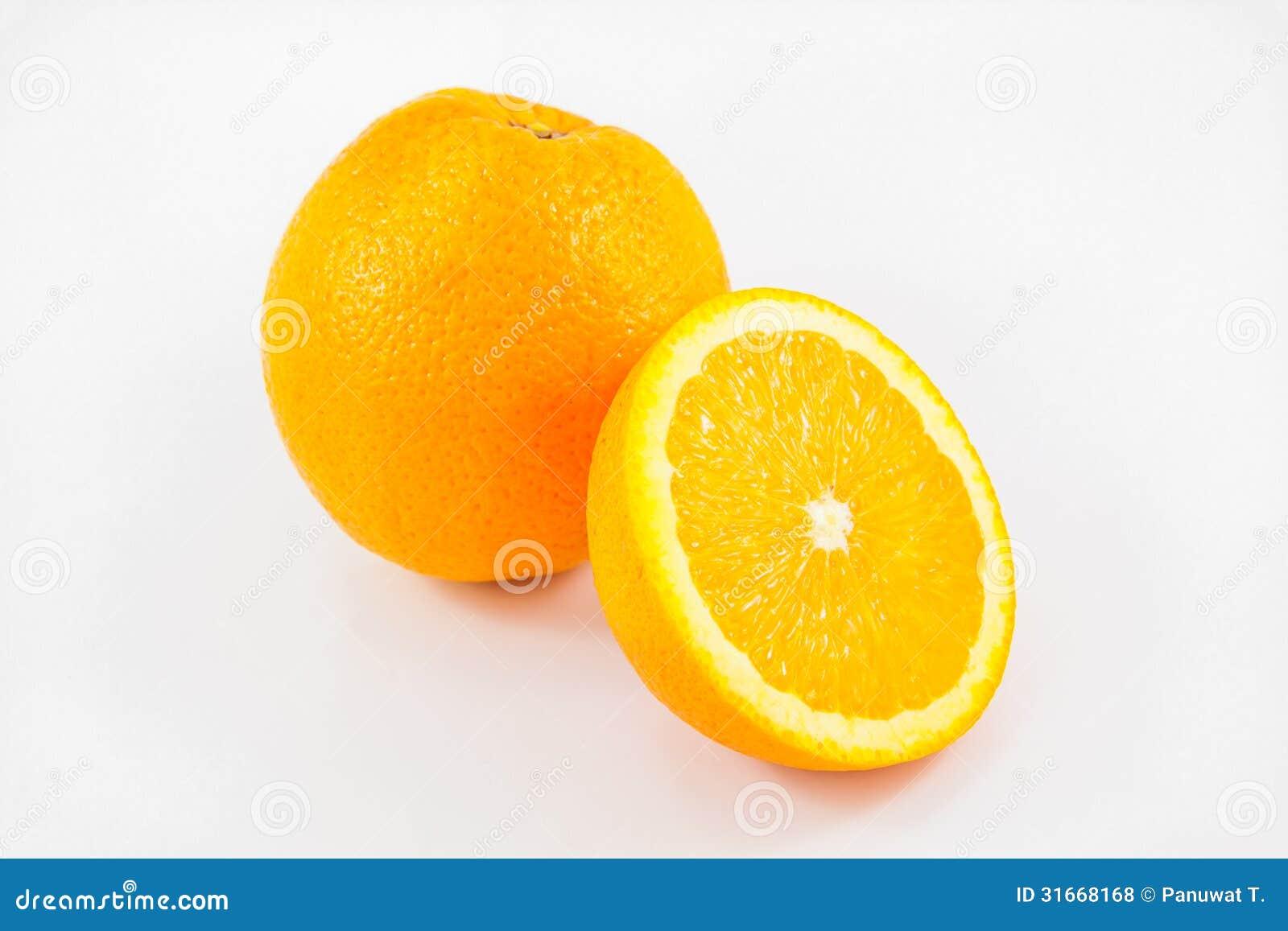 Fruit d 39 oranges sur le fond blanc photos libres de droits for Portent fruit