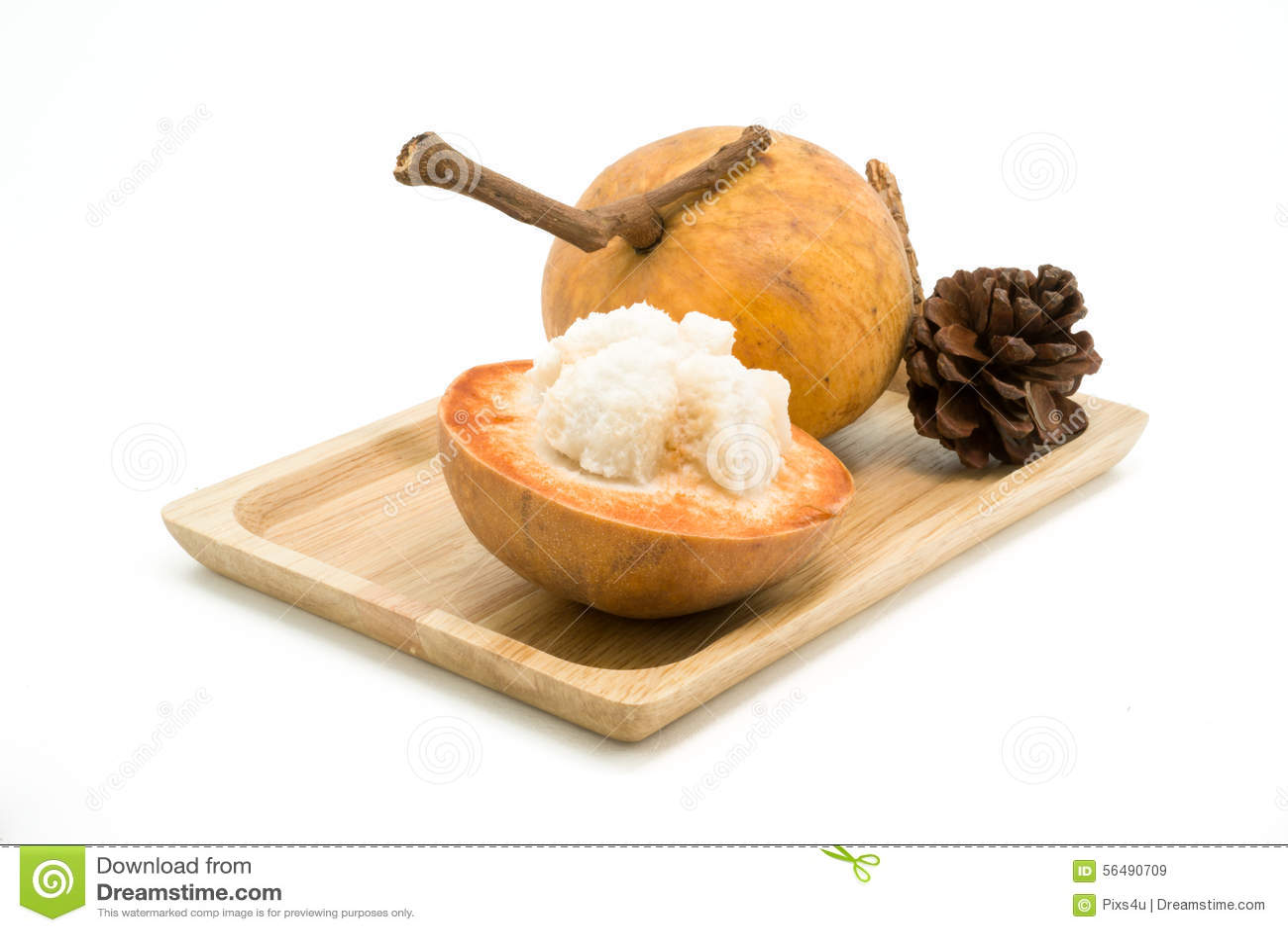 Fruit de Santol d isolement sur le fond blanc
