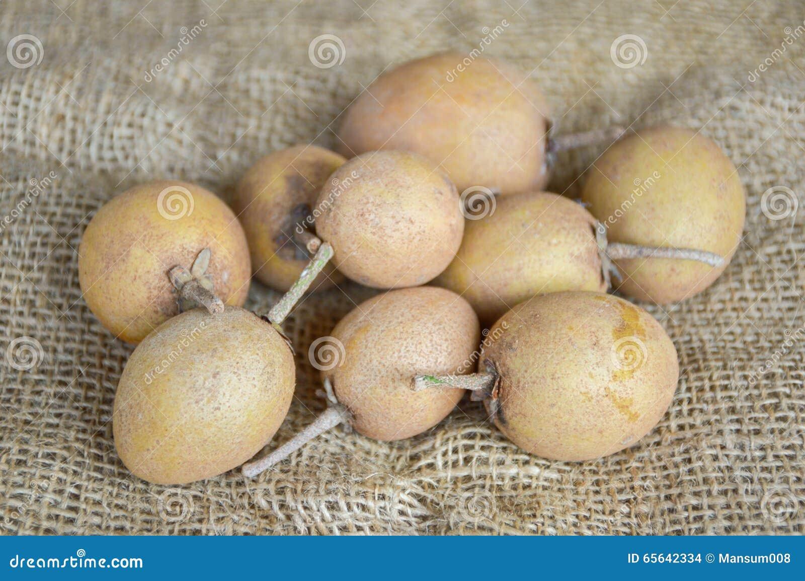 Fruit de sapotille